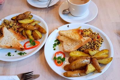 Café Largo - vegan breakfast
