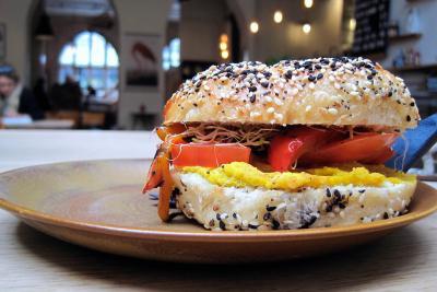 Hallesches Haus - vegan bagel